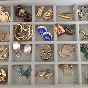 Vintage to Newer Earrings Lot